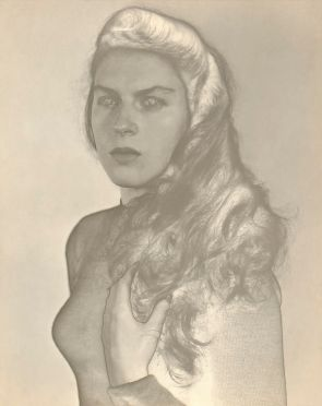Retrato de Violeta (Portrait of Violeta) (Solarization), Montevideo, 1952, by Jeanne Mandello. Dancer Violeta López Lomba. Courtesy of the Isabel Mandello de Bauer Collection.