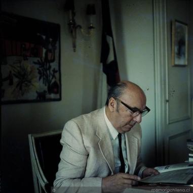 Neruda_ambajada